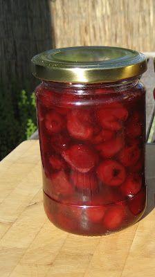 Dżem z czereśni - całe owoce w galaretce