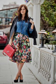 #florals #midi #skirt #outfit #fashion #style