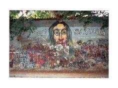 Lennon's wall - Prague