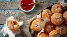 Rumové koblihy se šípkovou marmeládou