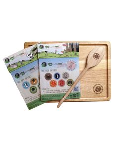 Working to Keep You Gluten Free! Wooden Chopping Boards, Organic Living, Farm Yard, Free Stickers, Food Packaging, Woodland Animals, Spoon, Gluten Free, Forest Animals