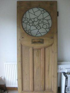 i like the circle idea! Glass Barn Doors, Glass Front Door, Exterior Front Doors, Entrance Doors, 1930s Doors, Double Front Doors, Front Entry, Cottage Door, 1930s House