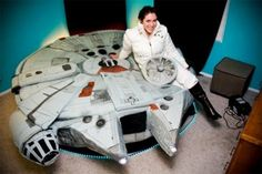 Kayla Kromer reminds you of Star Wars, a famous movie full of special effects and many SF elements.This type of bed takes the shape of a Millennium Falcon from Star Wars and looks like a real space ship.So, enjoy your journey to other strange worlds while you are sleeping.{more infohere}