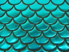 Weiteres - Faschings - Folie Fischschuppen groß - ein Designerstück von…