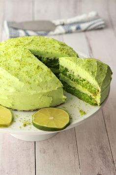 Richly flavored vegan key lime cake ideal for a birthday or special occasion. Light and fluffy lime cake smothered in velvety lime frosting. Best Vegan Cake Recipe, Vegan Dessert Recipes, Vegan Sweets, Cooking Recipes, Lime Recipes Vegan, Citrus Recipes, Vegan Foods, Vegan Snacks, Key Lime Cake