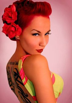Red Hair - How to get the right shade of red, how to maintain it and more importantly how to work your bright red hair do! Girl Hairstyles, Wedding Hairstyles, Vintage Hairstyles, Homecoming Hairstyles, Rockabilly Wedding, Rockabilly Fashion, Rockabilly Pin Up, Rockabilly Hairstyle, Rockabilly Short Hair