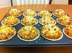 Liian hyvää: Kardemummamuffinssit Brownie Cupcakes, Sweet Bakery, Food And Drink, Baking, Breakfast, Karen Davies, Pies, Morning Coffee, Bakken