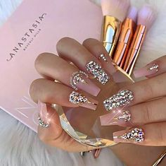 ✯ nails ✯ ✯ nails ✯ in 2019 nails, diamond nails, gorgeous nails. Glam Nails, Hot Nails, Fancy Nails, Bling Nails, Nude Nails, Acrylic Nails, Bling Wedding Nails, Gel Nail, Coffin Nails