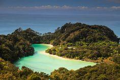 Un paseo por uno de los senderos costeros más bonitos del mundo (Abel Tasman, Nueva Zelanda)