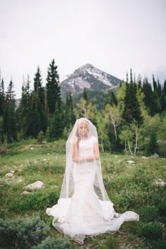 Dancing With The Stars Pro Lindsay Arnold's Scenic Utah Wedding: http://www.stylemepretty.com/2015/11/09/dancing-with-stars-pro-lindsay-arnolds-utah-wedding/ | Photography: Jessica Janae - http://www.jessicajanaephotography.com/
