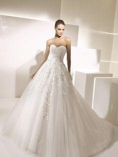 A96 | The Bridal Closet