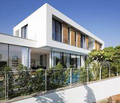 Home tour por una vivienda de diseño en Israel. #VilleroyBoch #VilleroyBoches #hometour #casas #espacios #blog #1748 #dejateseducir #diseño #estilo #elegancia #inspiración