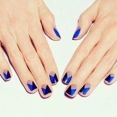 Te enseñamos a decorar tus uñas  http://www.inolvidables15.com/blog-inolvidables-15-detalles-de-la-fiesta-117.htm