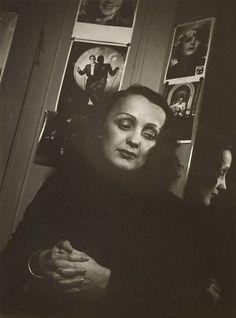 François Kollar (1904-1979). Edith Piaf, 1939.