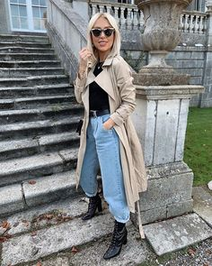 """Rosie Connolly-Quinn on Instagram: """"Sunday's 🖤 cinema with the kids followed by the best steak dinner👌🏼 outfit tagged 😊 #ootd #wiwt #sundaystyle #fblogger #outfitinspo"""" Best Steak, Dinner Outfits, Cinema, Girly, Good Things, Photo And Video, Coat, Kids, Jackets"""