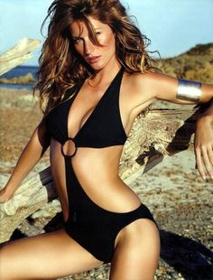 Gisele Bündchen - Brazilian fashion model, actress, and producer. She is the Goodwill Ambassador for the United Nations Environment Programme. Splendid beauty and aesthetics. Gisele Bündchen, Bikinis, Swimsuits, Swimwear, Elite Model Look, Modelos Fashion, Brazilian Models, Glamour, Victoria Secret Angels