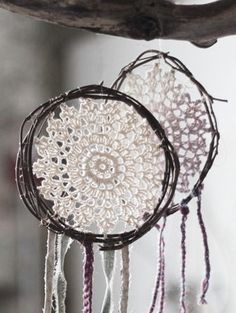 made a Catcher dream Bohemian Gypsy, Hippie Chic, Boho Chic, Shabby Chic, Deco Pastel, Diy And Crafts, Arts And Crafts, Crochet Dreamcatcher, Deco Boheme