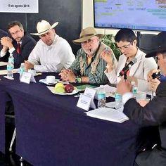 Exigen libertad de Mireles y advierten de una guerra civil Exigimos liberación de Mireles y autodefensas presos. El Dr. José Manuel Mireles, fue detenido el pasado 27 de Junio en Michoacán. Liberen a Mireles y autodefensas presos Ya!!!!