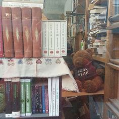 @Regrann from @iatemontreal -  #loveit a #bookbear I have to have one. #iatemontreal #Regrann. Good morning Montreal welcome to another Monday. #morning #monday #montreal #books #visit #bear #mtl by travelmontreal