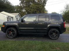 Painted calipers and Plasti-dip rims - Jeep Patriot Forums