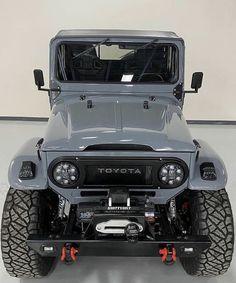 Land Cruiser Pick Up, New Toyota Land Cruiser, Fj Cruiser, Toyota Fj40, Toyota Trucks, Gmc Trucks, Chevrolet Colorado Z71, Motorhome, Truck Camping