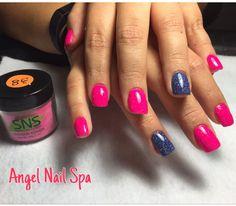SNS nails (dipping powders) .