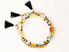 Amitié coloré, trois perles en or Bracelet avec pompon, perles, Bracelet avec pompon, bijoux Bohème, cadeau pour elle