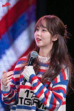 """Kim So Hyun 171111 Fanmeeting """"SWEET DREAM"""" in Taiwan"""