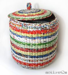basket from newspapers