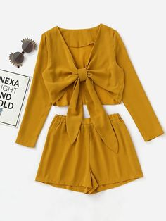 7e00264672be0 SheIn - SheIn Knotted Front Crop Top With Shorts - AdoreWe.com Outfit Goals