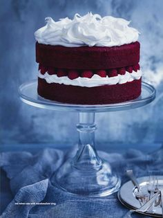 red velvet cake with marshmallow icing. jan 2014 donna hay.  happy valentines day my friends xoxo <3 <3 <3