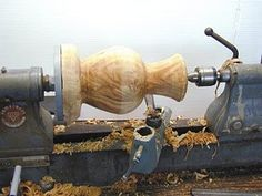 Simple Woodturning Lathe Plans Tips! Investigating Root Criteria Of DIY Wood Turning - Milton Asher Lathe Parts, Lathe Tools, Wood Turning Lathe, Wood Turning Projects, Lathe Projects, Wood Projects, Wood Lathe For Sale, Got Wood, Wood Bowls