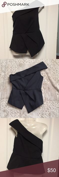 NWOT Mustard Seed Tuxedo Style Off Shoulder Top NWOT Beautiful Mustard Seed Tuxedo Style Off Shoulder Top. Super Nice. Mustard Seed Tops Crop Tops