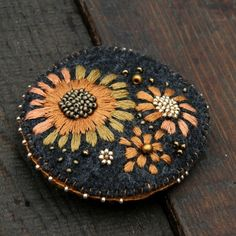 brosza dla P. ANNY (proj. agat.handmade), do kupienia w DecoBazaar.com