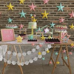Um arraso de festa com o tema Brilha Estrelinha! Kids Party Themes, Diy Party Decorations, Birthday Decorations, Rainbow Unicorn Party, Star Party, Disco Party, Party In A Box, Party Time, Birthday Parties