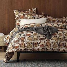 Portraits Percale Duvet Cover / Sham