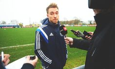 Christian Eriksen Soccer Players, Football Soccer, Pitch, Rain Jacket, Windbreaker, Christian, Athletic, Hot, Jackets