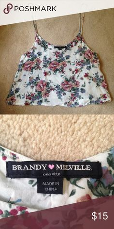 Brandy Melville crop top tank Super cute and flowy! In perfect condition. Comes in one size but fits small. I recommend it for someone who wears a small or xs! Brandy Melville Tops Crop Tops
