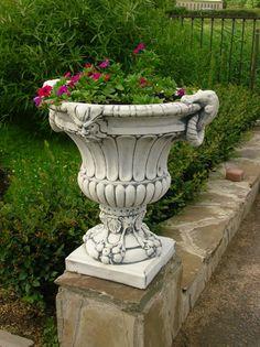 вазы для сада из бетона: 3 тыс изображений найдено в Яндекс.Картинках