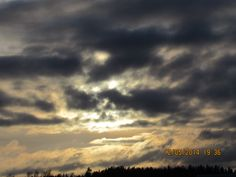 aurinko pilvessa