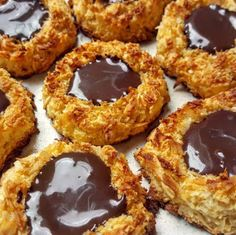 Discover recipes, home ideas, style inspiration and other ideas to try. Healthy Meals For Kids, Healthy Dessert Recipes, Healthy Treats, Cookie Recipes, Delicious Desserts, Yummy Food, Tortas Light, Decadent Cakes, Gluten Free Treats