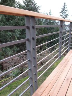Deck Roof railing-Deck - Click Image to See More Reference of Deck Roof railing Horizontal Deck Railing, Metal Deck Railing, Modern Railing, Balcony Railing Design, Deck Design, Balcony Decoration, Modern Staircase, Aluminum Decking, Balustrades
