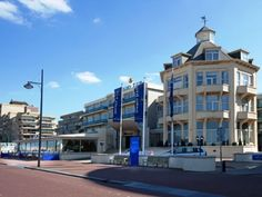 Golden Tulip Noordwijk Beach. The hotel is situated directly on the beach and boulevard.