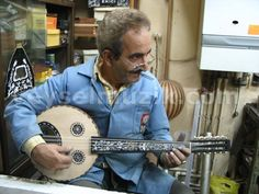 Cengiz Sarikus, luthier from Fanar, Istanbul. You'll never get a tourist oud from him.