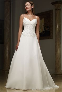 Discount A Line Wedding Gowns Appliques Spaghetti Straps Chic And Modern Hall Church Sweetheart Straps Online Wedding Dresses