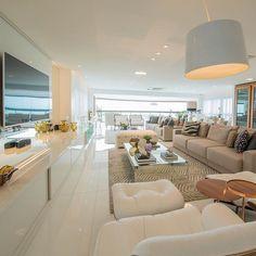 Ainnn como eu queria receber meus amigos numa sala dessa via @homeluxo  ARCHITECTURE   INTERIORS   LIVING SNAP: Decoredecor Projeto: LM Arquitetura