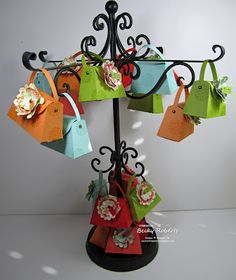 Lots of Petite Purse ideas on this site