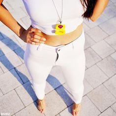 YellowⓈ like aSuperwoman #ilovekuku www.ilovekuku.com White Jeans, Photo And Video, Yellow, Pants, Instagram, Fashion, Trouser Pants, Moda, Fashion Styles