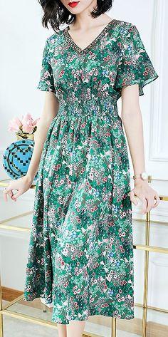Elegant Floral V-Neck Elastic Waist Print Skater Dress