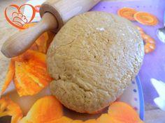 Pasta sfrolla di castagne http://www.cuocaperpassione.it/ricetta/8f311f4c-9f72-6375-b10c-ff0000780917/Pasta_sfrolla_di_castagne